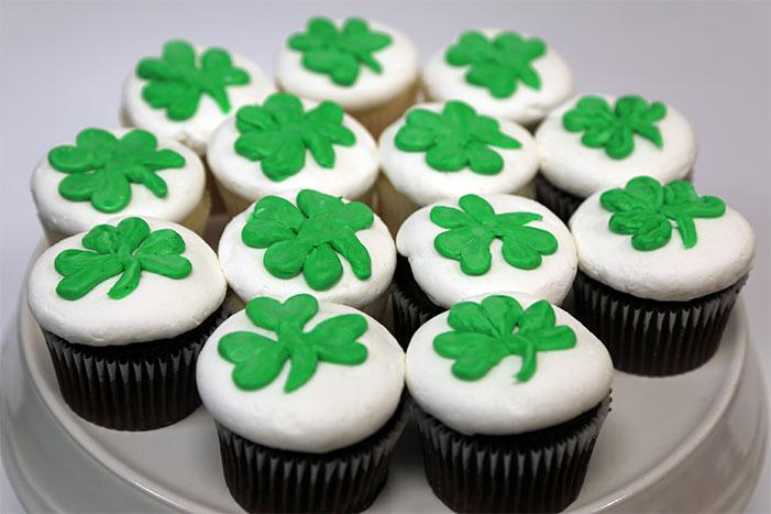 Clover Leaf Cupcakes