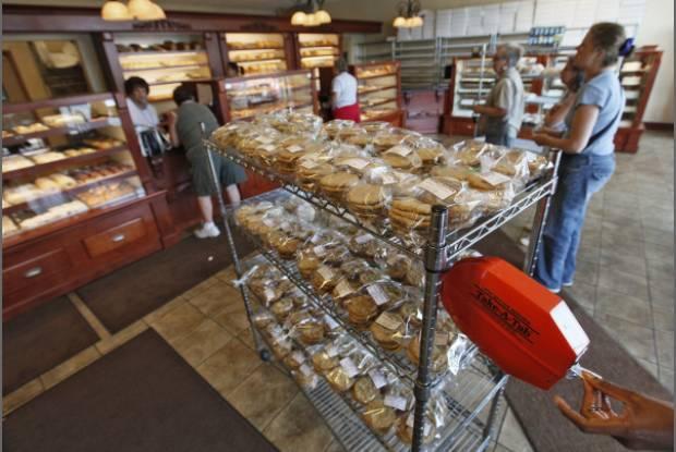 Reschs Bakery Columbus Ohio Generations celebrate centennial of