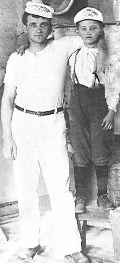 Wilhelm Resch & Son Frank - 1913 inside Bakery