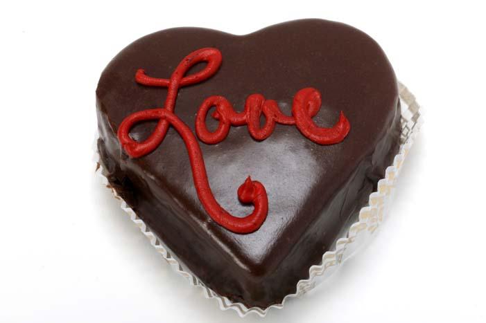 Valentine's Day Hart Cakes