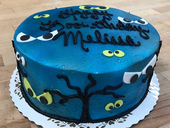 Spooky Halloween Cake Design