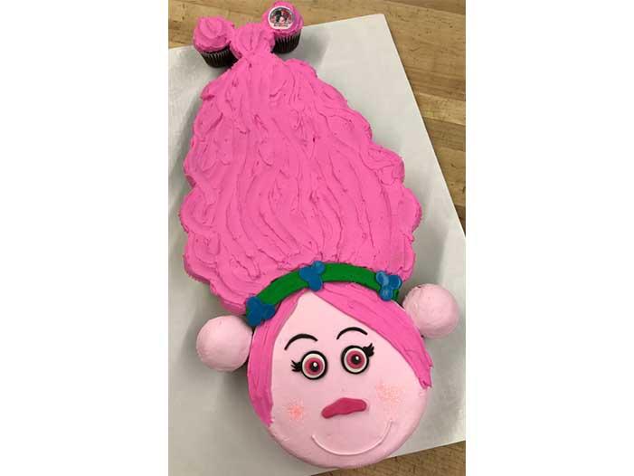 Trolls Princess Poppy Cupcake Cake